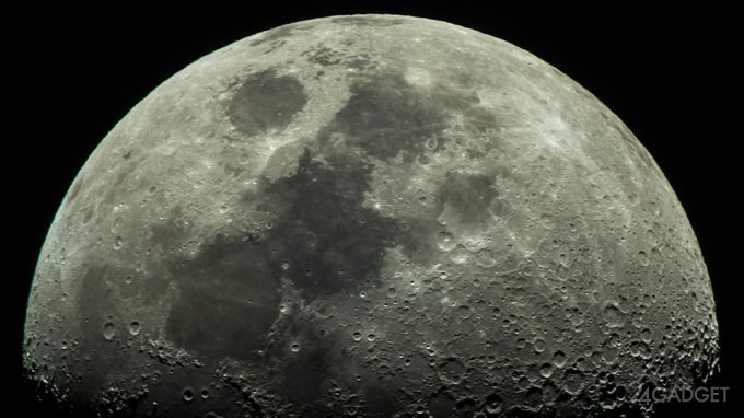 На Луне обнаружена вода (2 фото)