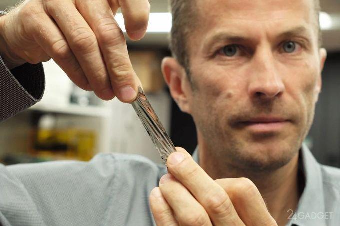 Рекорд: в IBM уместили 330 ТБ данных на магнитной ленте (2 фото + видео)