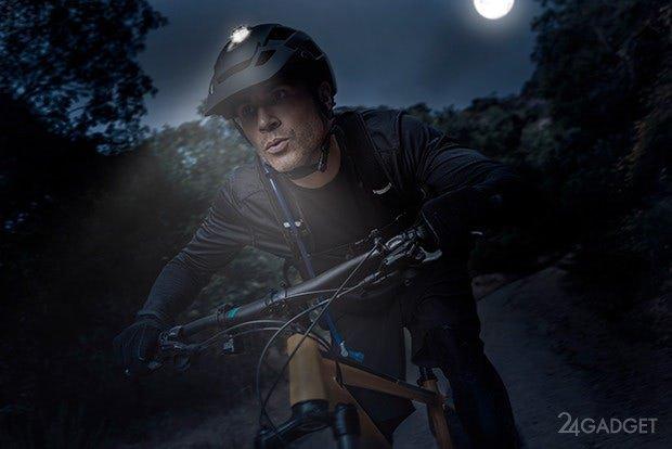 Велосипедный шлем с направленным освещением (7 фото + видео)