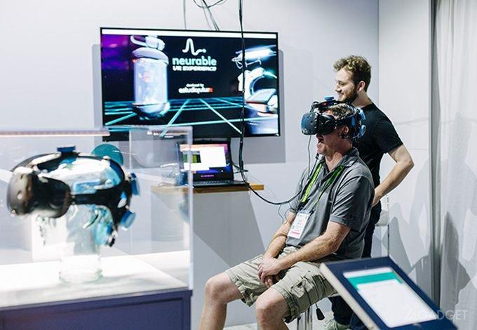 Контролируемая мыслями VR-гарнитура в действии (9 фото + видео)