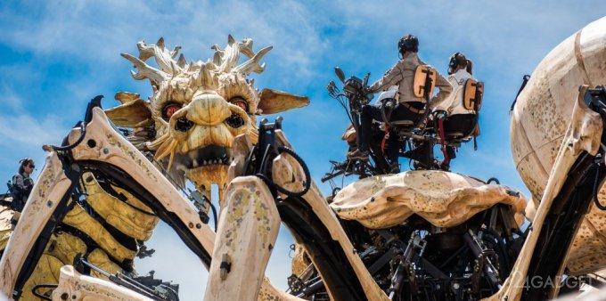 Гигантские роботы устроили битву в Оттаве (39 фото + 2 видео)