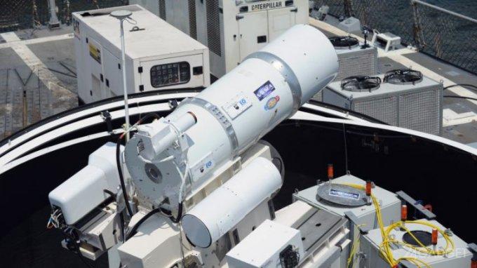 Боевой лазер от Lockheed Martin в действии