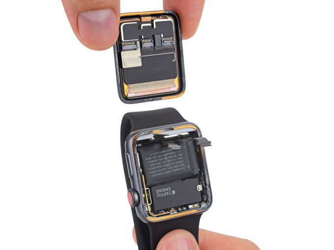 Смарт-часы Apple Watch Series 3 с LTE попали под скальпель iFixit