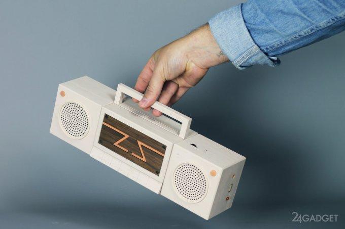 Модульная ретро-консоль в формате магнитофона (9 фото + видео)