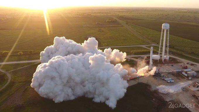 SpaceX показал любопытный сюжет с ракетного полигона (видео)