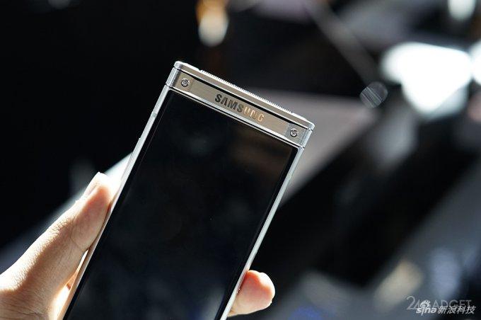 Топовый смартфон-раскладушка Samsung W2018 дороже iPhone X (18 фото + видео)