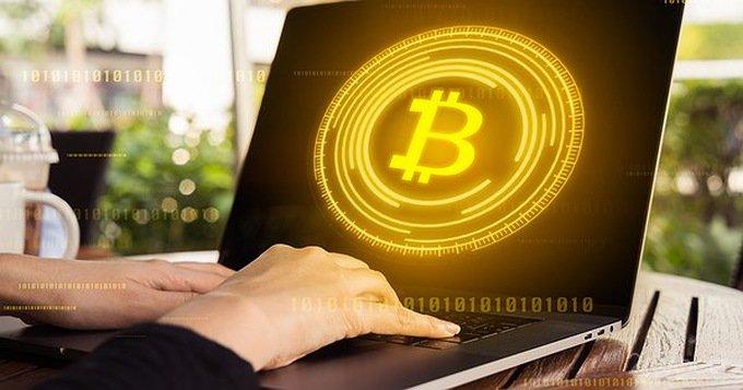Хакеры подменивают в буфере обмена адреса криптовалютных кошельков (4 фото)