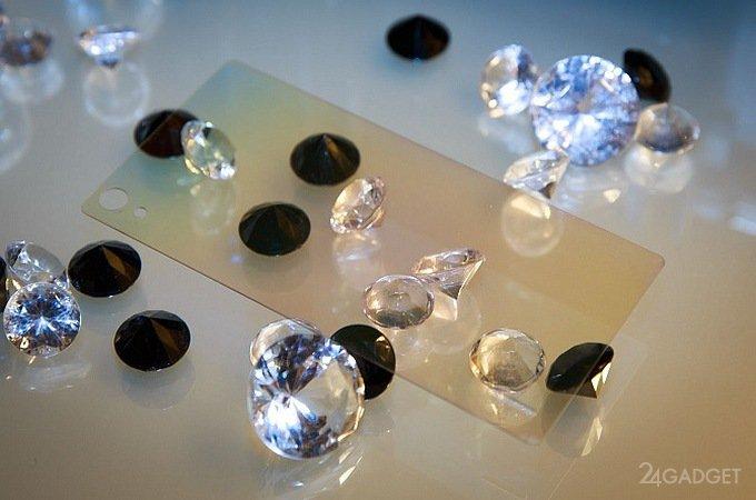 Алмазное покрытие защитит экраны смартфонов от повреждений (4 фото)