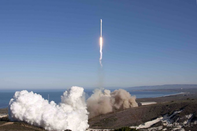SpaceX задумал использовать воздушные шары для возвращения ракет