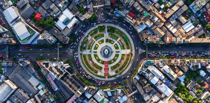 Нейросеть MIT находит дороги, пропущенные в Google Maps (видео)