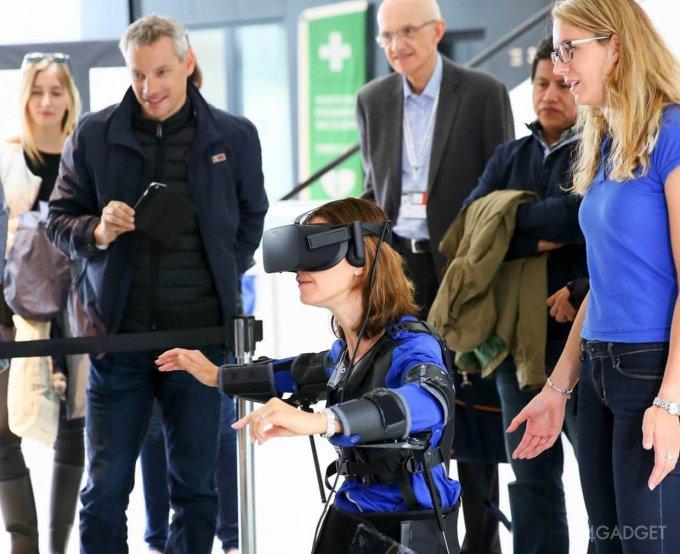 VR-очки и экзокостюм для управления дроном (5 фото + видео)