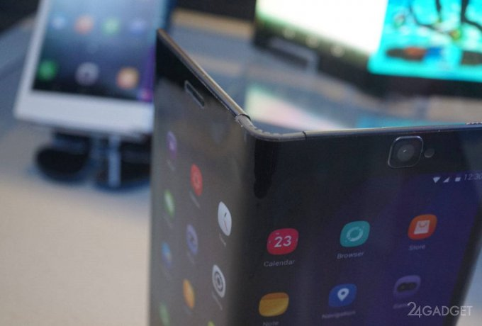 Смартфон-трансформер от Samsung показали на фото (5 фото)