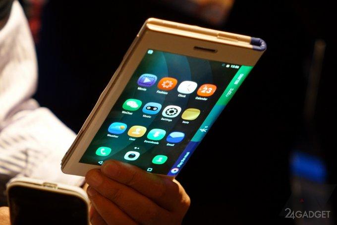 Motorola будет специально нагревать экраны гибких смартфонов (3 фото)