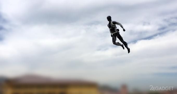 Disney создала летающего робота-супергероя (видео)