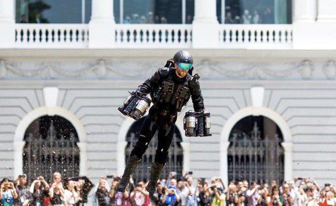 Реактивный костюм Железного Человека уже в продаже (4 фото + 2 видео)