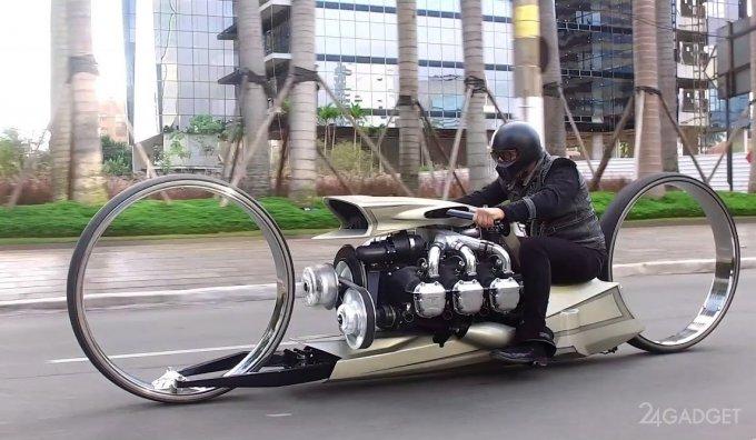 Самодельный концептуальный мотоцикл оснастили авиационным двигателем (5 фото + видео)