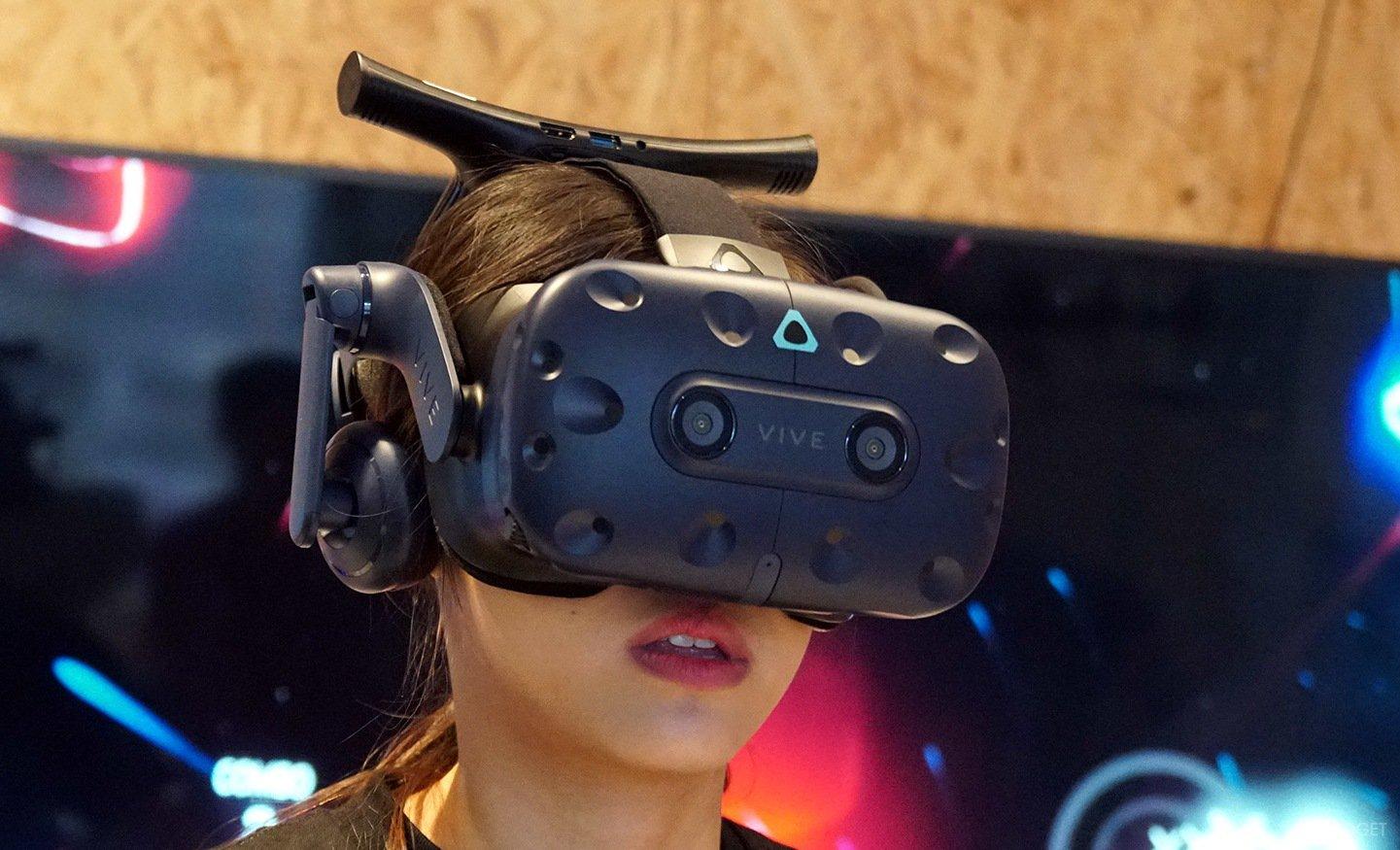 Фото в очках виртуальной реальности