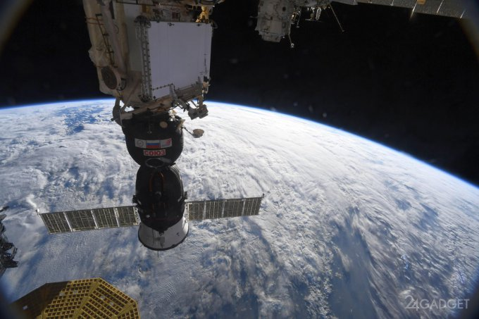 На МКС зафиксирована утечка воздуха из-за микротрещин (2 фото)