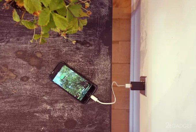 Камеру наблюдения замаскировали под зарядное устройство (4 фото + видео)