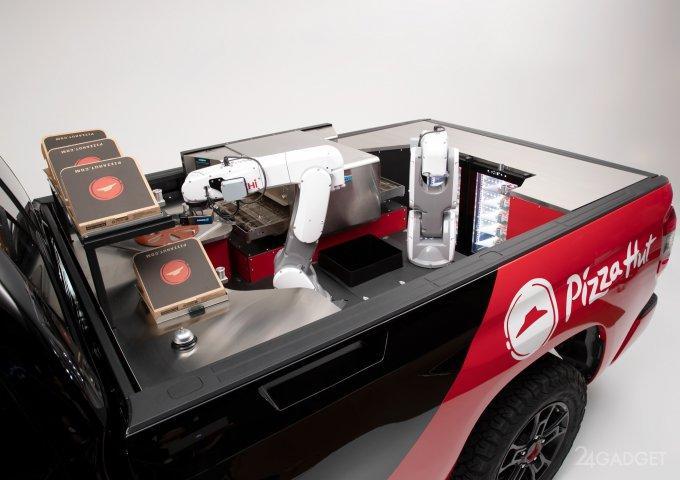 Брутальный пикап Toyota Tundra готовит пиццу на ходу (13 фото +видео)