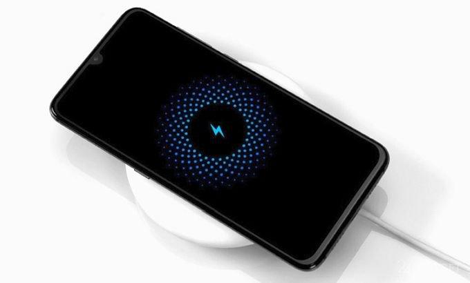 Новые беспроводные зарядки от Xiaomi подойдут для дома и авто (6 фото)