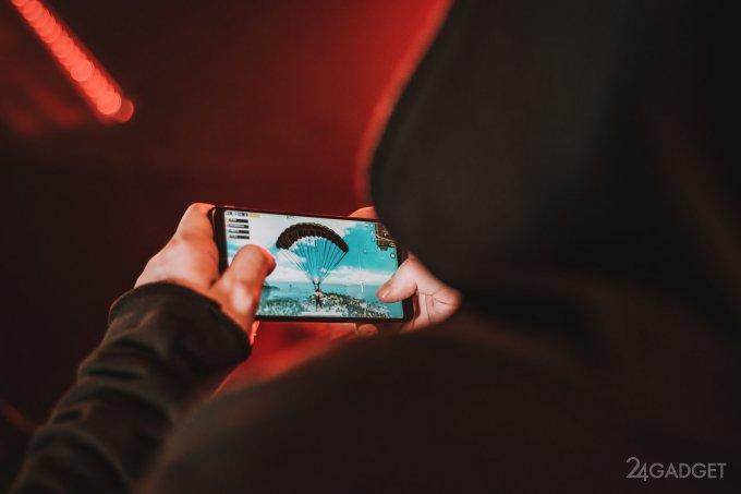 AnTuTu опубликовал десятку мощнейших смартфонов января (3 фото)