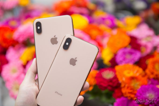"""iPhone XS Max и iPhone XS унаследовали """"болезнь"""" iPhone X (11 фото)"""