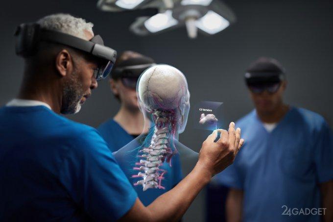 Очки дополненной реальности HoloLens 2 от Microsoft (5 фото)