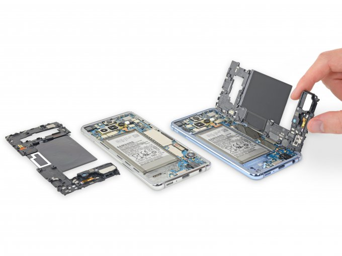 iFixit оценил ремонтопригодность Samsung Galaxy S10, S10+ и S10e (15 фото + видео)