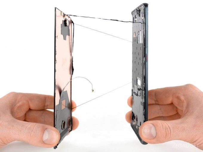 Отремонтировать сломавшийся Huawei P30 Pro будет сложно (16 фото)
