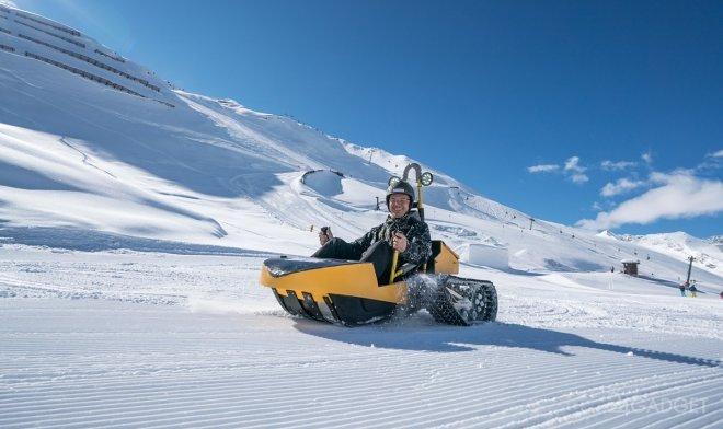 Маневренные электросани Bobsla для скоростного спуска по снежным склонам (2 фото   видео)