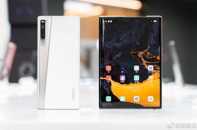 OPPO анонсировала смартфон OPPO X 2021 с растягивающимся экраном (видео)