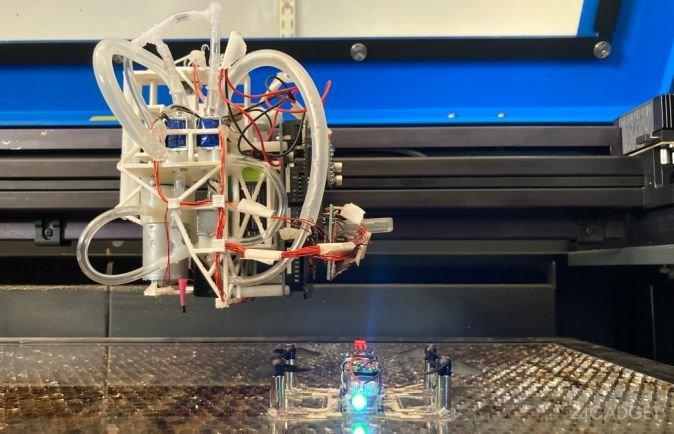 В США создана печатная установка, производящая простейших роботов (видео)