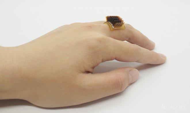 Кольцо с термоэлектрическим генератором превращает человека в аккумулятор (видео)