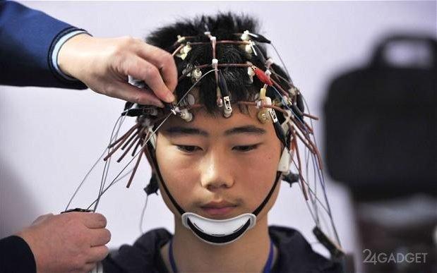 Учёные научились записывать знания напрямую в мозг человека