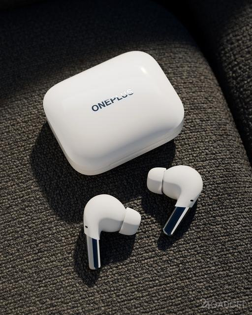 Беспроводные наушники OnePlus Buds Pro с технологией шумоподавления и автономностью 38 часов